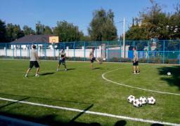 Учням облаштували міні-футбольне поле