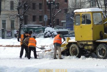 Черкаси можуть потонути у снігові та смітті