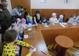 Черкаських онкохворих дітей навчили робити мультики