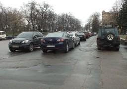 Черкасам потрібні парковки