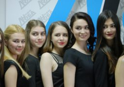 Черкаські студентки готуються затьмарювати красою