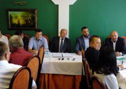 Анатолій Бондаренко обговорив з колегами конституційні зміни
