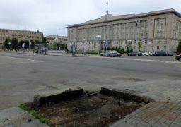 З бул. Шевченка демонтували біг-борд
