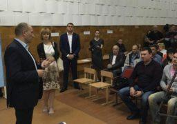 На зустріч із громадою мікрорайону прийшов депутат міськради Юрій Тренкін