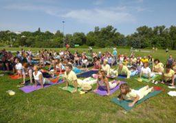 Містяни просвітлюються: У Черкасах фестиваль йоги