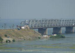 Цьогоріч міст через Дніпро не закриють