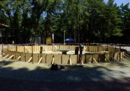 У парку «Сосновий бір» ремонтують фонтан