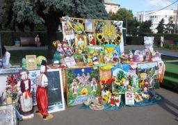 Черкаські райони представили витвори народного мистецтва