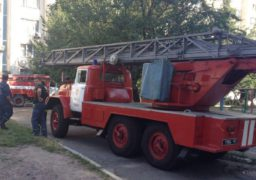 У Черкасах із задимленого будинку врятували десятьох осіб