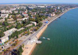 Радуцький пропонує купувати дорожчі путівки в Мошногір'я, а не дешевші в Бердянськ