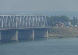 Розпочато ремонт мосту через Дніпро
