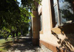 """На вулиці Пушкіна приміщення інтернату перетворилось на """"Будинок з привидами"""""""