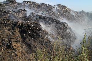 В Черкасах горить сміттєзвалище