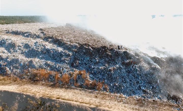 Горить черкаське сміттєзвалище