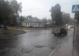 Потужна злива у Черкасах підтопила деякі мікрорайони