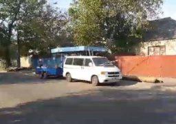 На вул.  Максима Залізняка оновлюють зупинки