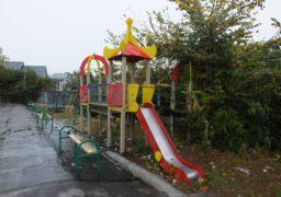 Дитячий майданчик у центрі Черкас закидали сміттям