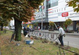 Вздовж бульвару Шевченка встановлюють патріотичний паркан