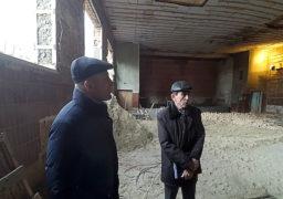"""Мер Бондаренко особисто контролює реконструкцію спортзалу в приміщенні колишнього кінотеатру """"Мир"""""""