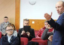 Власник GPS-трекерів хоче зняти їх з черкаських тролейбусів  і звинувачує в цьому владу
