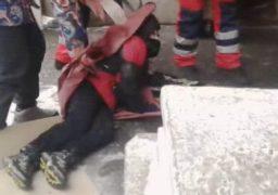 У Черкасах хлопчика визволяли з-під бетонної плити