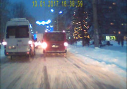 Відлига рятує вулиці Черкас від снігу: ситуація на автошляхах міста покращилася