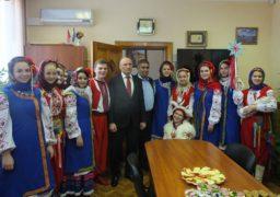 До відомого черкаського благодійника завітав новорічний вертеп