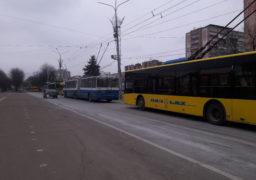 До черкаських депутатів прийшли обурені тролейбусники