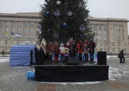 15-градусний мороз не завадив черкащанам відсвяткувати Різдво Христове на Соборній площі міста