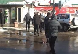"""В Золотоноші нардепа Владислава Голуба (БПП) виборці зустріли криками """"ганьба"""""""