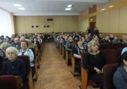 Черкаські освітяни виступають проти об'єднання української літератури з зарубіжною