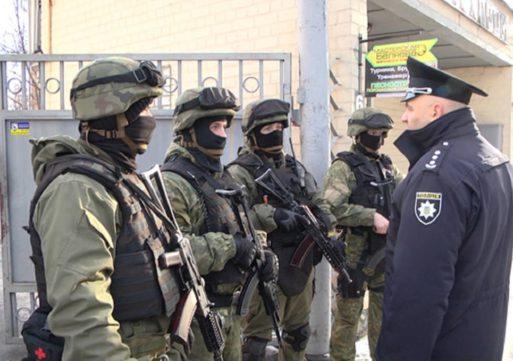 Черкаські поліцейськи провели спецоперацію по визволенню заручника