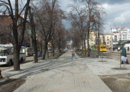 На бульварі Шевченка навпроти Будинку торгівлі облаштували пішохідний перехід