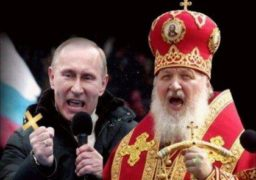 Як московський патріархат Кремлю воювати з Україною допомогає