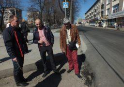 Активісти виявили брак у виконаних роботах на дорозі по бульвару Шевченка