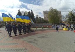 14 квітнгя в Черкасах пройшла урочиста хода учасників АТО – бійців ЗСУ, добровольців, волонтерів, рідних загиблих героїв