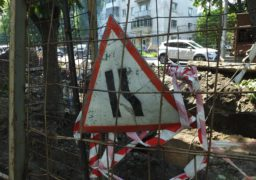 Комунальники ліквідовують порив на перехресті Дашкевича-Благовісної