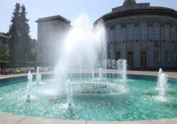 У Черкасах ожили фонтани