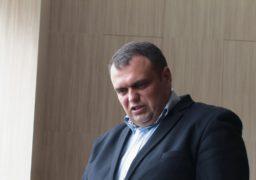 Між Олександром Радуцьким та депутатом Павлом Карасем виникла словесна перепалка