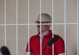 Громадськість не дала підозрюваному у вбивстві журналіста Сергієнка вийти на волю і заблокувала Черкаський апеляційний суд. Слідчий пред'явив Мельнику нову підозру в участі в організованому злочинному угрупуванні