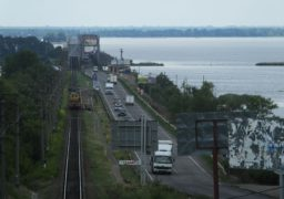 Передумали: під час ремонту на черкаський міст таки пускатимуть легковики вагою до 5 тон