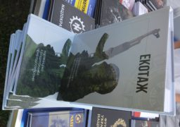 Черкащанам презентували книгу про радикальний екозахист