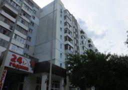 Мешканці черкаської багатоповерхівки загрузли в комунальних проблемах