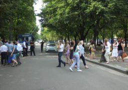 Співробітники ЧДТУ вдруге перекрили бульвар Шевченка