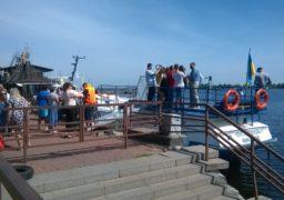 Із Черкас запустили перше пасажирське судно на підводних крилах