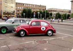 На раритетних автівках у Черкасах побували учасники «Зіркового ралі»