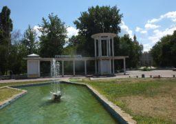 Черкаські водоканалівці взяли на обслуговування фонтан у Соборному сквері