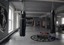 Лідер черкаського «Нацкорпусу» продемонстрував комплекс вправ для покращення фізичної форми
