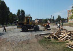 У школі №10 розпочалось будівництво багатофункціонального спортивного майданчику