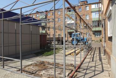 Анатолій Бондаренко безпосередньо вяв участь у демонтажу незаконного МАФу на вул.Чорновола